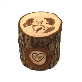 Holzdose mit Gravur