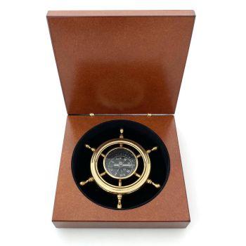 Kompass mit persoenlicher Gravur in Holzschatulle geschenkidee
