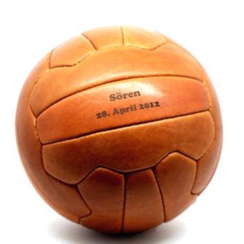 Lederfußball mit Gravur