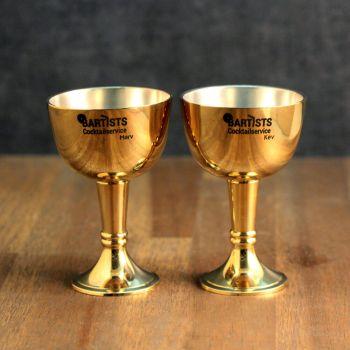 goldenes schnapsglas mit gravur