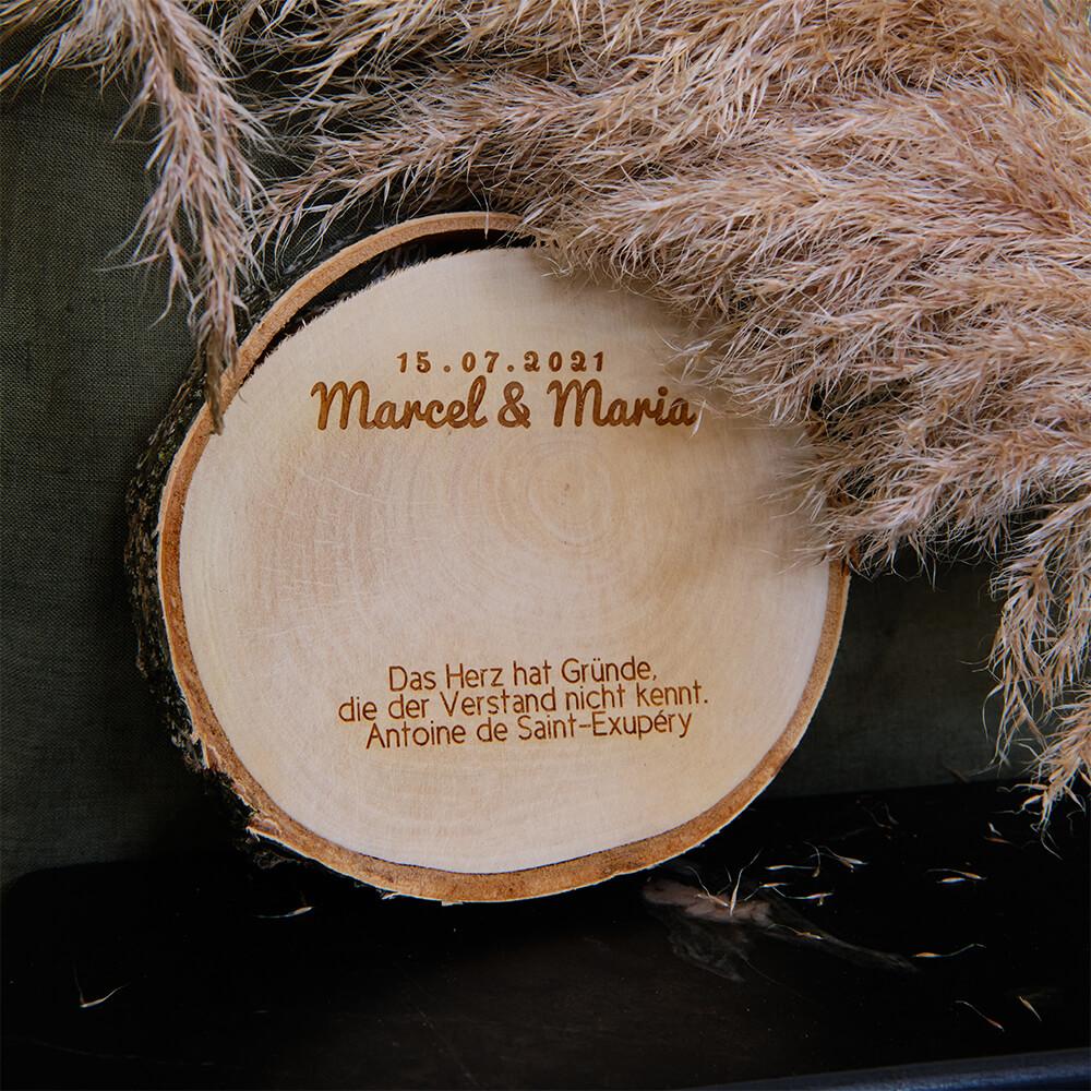 Geschenkidee Hochzeit Baumscheibe mit Gravur
