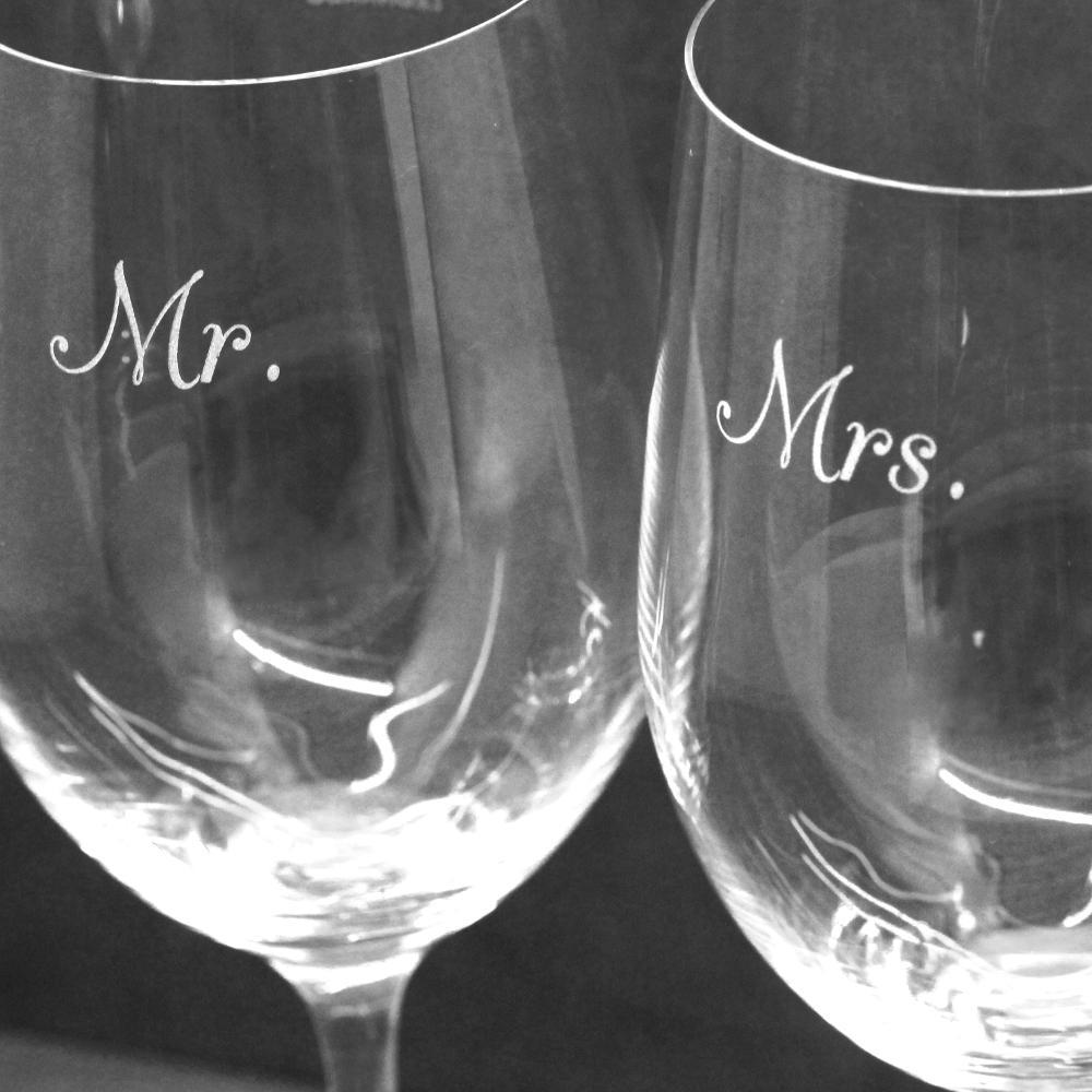 Ideen Hochzeit Weingläser mit Gravur Mr. Mrs.