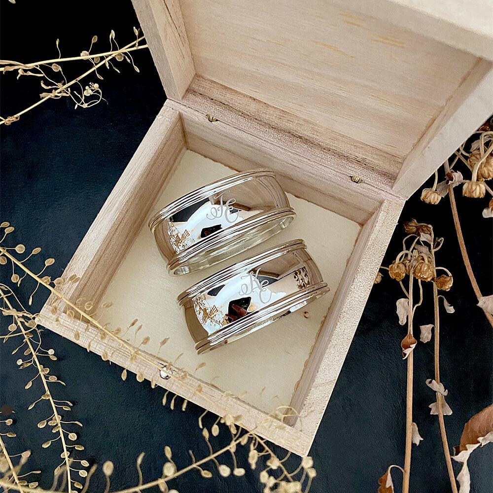 stilvolle hochzeitsgeschenke Serviettenringe mit Gravur versilbert