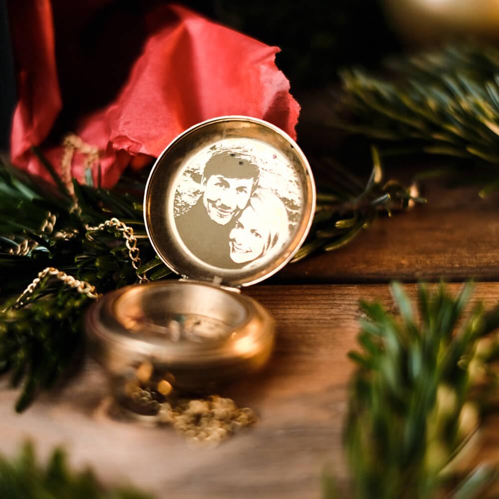 Geschenk Weihnachten gravierter Kompass