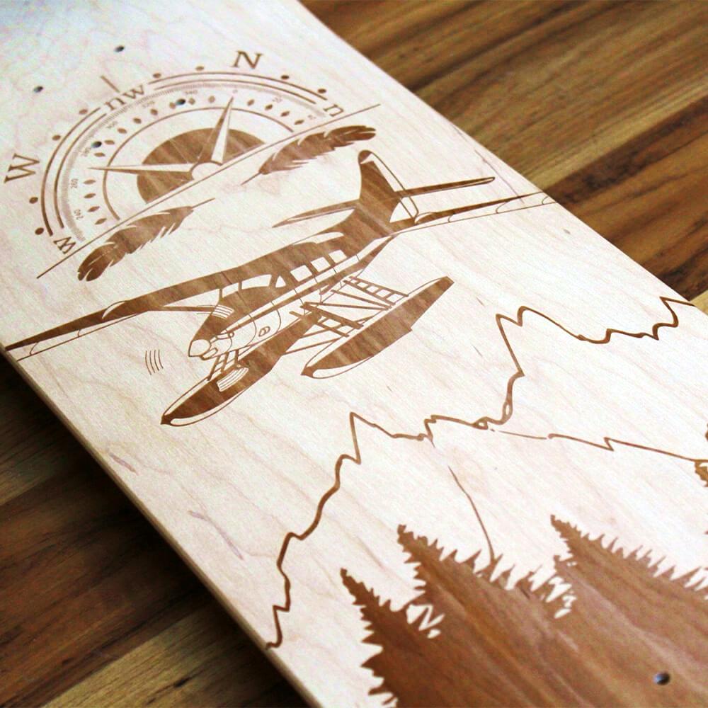 Originelle Weihnachtsgeschenke skateboard individuell mit gravur gestaltet holz